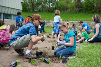 Garden planting day at Nuestro Mundo Community School (Photo: Althea Dotzour)